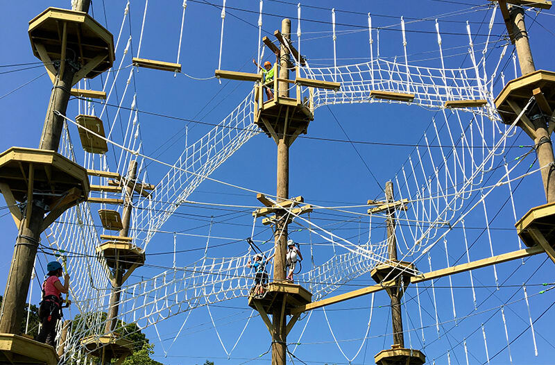 Ropes course with platforms